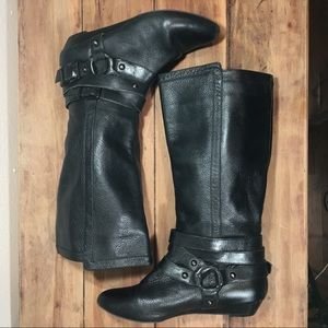 Gianni Bini Black Leather Mid Calf Boots
